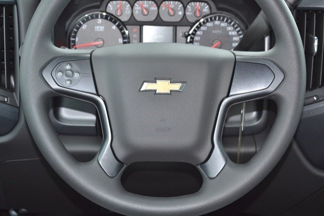 2016 Silverado 2500 Crew Cab, Pickup #16C709 - photo 15