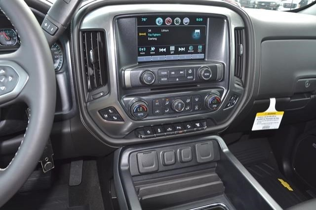 2016 Silverado 2500 Crew Cab 4x4, Pickup #16C741 - photo 20
