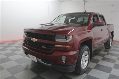 2017 Silverado 1500 Crew Cab 4x4, Pickup #17B147A - photo 3