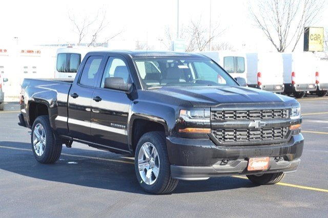 2017 Silverado 1500 Double Cab 4x4, Pickup #17C255 - photo 5