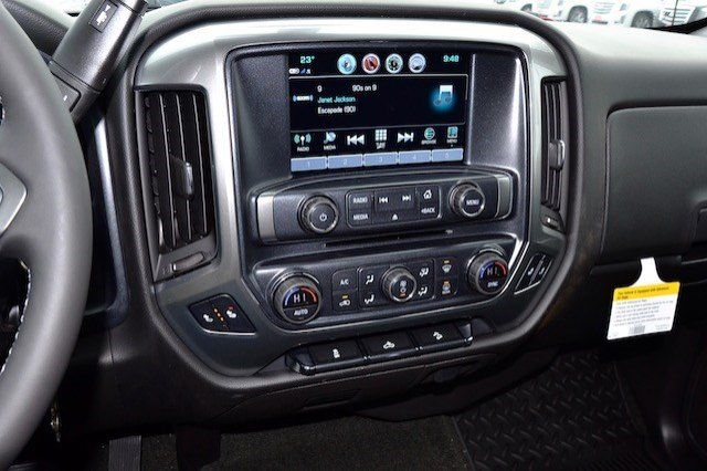 2017 Silverado 1500 Crew Cab 4x4, Pickup #17C258 - photo 18