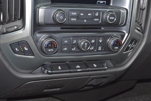 2017 Silverado 1500 Crew Cab 4x4, Pickup #17C289 - photo 24