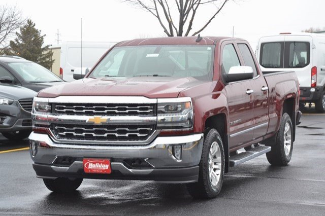 2017 Silverado 1500 Double Cab 4x4, Pickup #17C326 - photo 3