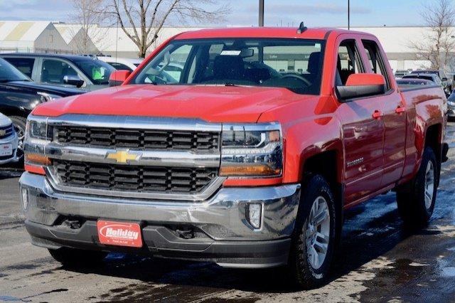 2017 Silverado 1500 Double Cab 4x4, Pickup #17C352 - photo 3