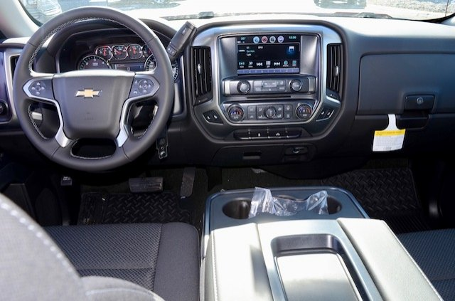 2017 Silverado 1500 Double Cab 4x4, Pickup #17C352 - photo 4