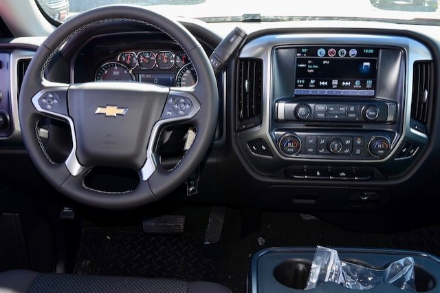 2017 Silverado 1500 Double Cab 4x4, Pickup #17C352 - photo 5