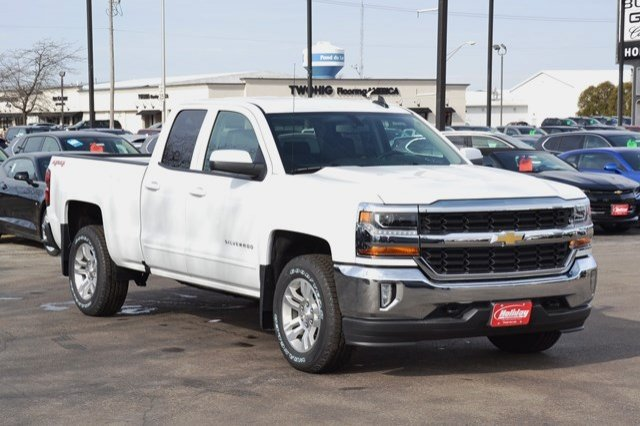 2017 Silverado 1500 Double Cab 4x4, Pickup #17C357 - photo 5