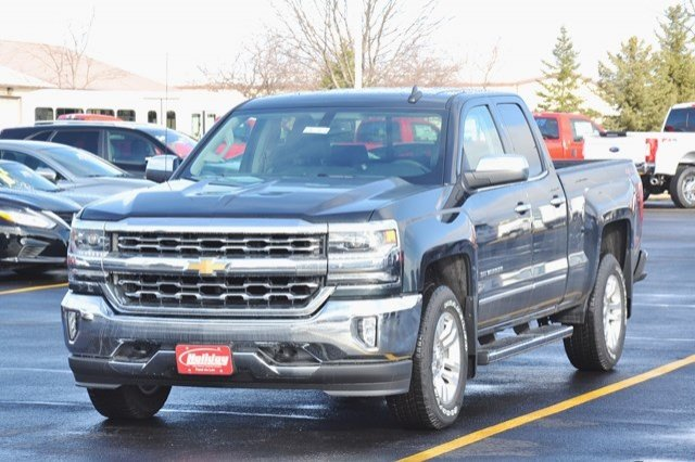 2017 Silverado 1500 Double Cab 4x4, Pickup #17C361 - photo 3
