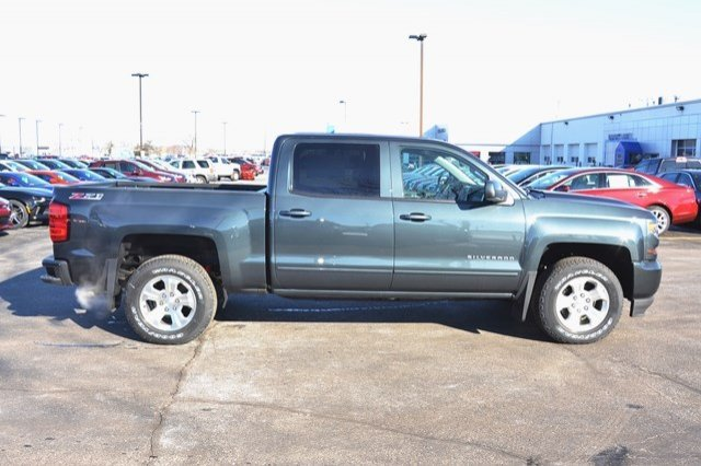 2017 Silverado 1500 Crew Cab 4x4, Pickup #17C373 - photo 6