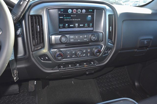 2017 Silverado 1500 Crew Cab 4x4, Pickup #17C373 - photo 20