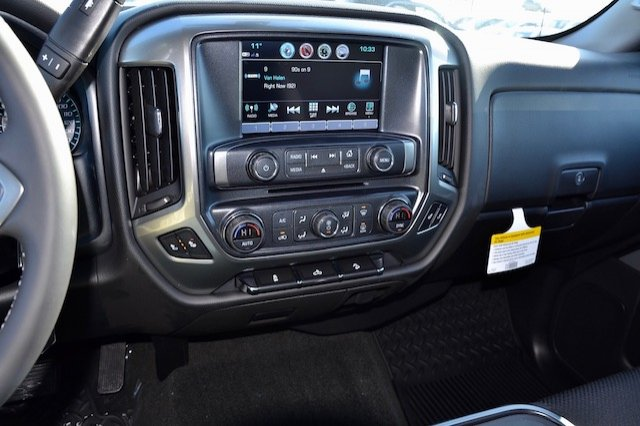 2017 Silverado 1500 Crew Cab 4x4, Pickup #17C376 - photo 20
