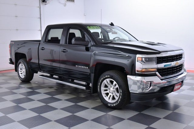 2017 Silverado 1500 Crew Cab 4x4, Pickup #17C381 - photo 4