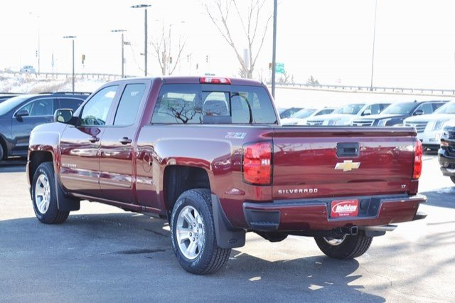 2017 Silverado 1500 Double Cab 4x4, Pickup #17C382 - photo 2