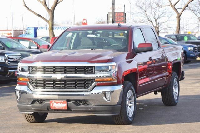 2017 Silverado 1500 Crew Cab 4x4, Pickup #17C397 - photo 3