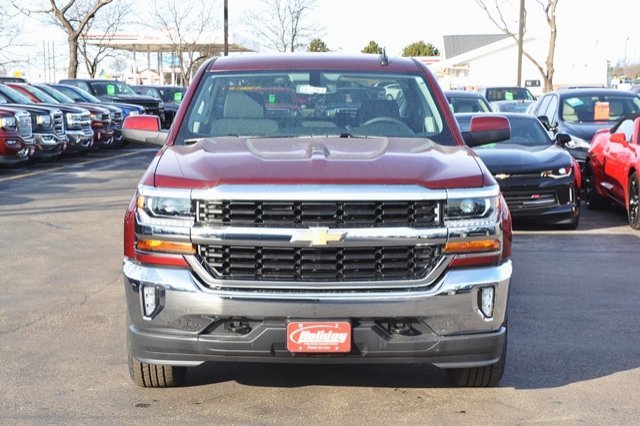 2017 Silverado 1500 Crew Cab 4x4, Pickup #17C397 - photo 4