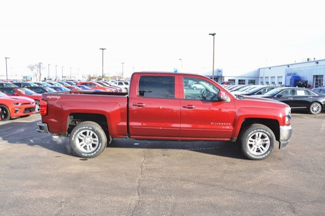 2017 Silverado 1500 Crew Cab 4x4, Pickup #17C397 - photo 6