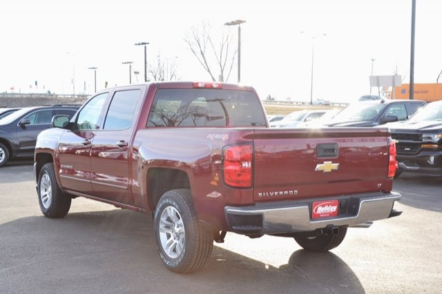 2017 Silverado 1500 Crew Cab 4x4, Pickup #17C397 - photo 2