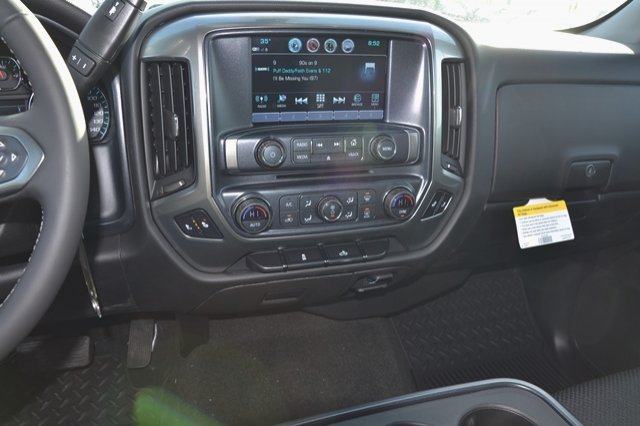 2017 Silverado 1500 Crew Cab 4x4, Pickup #17C397 - photo 21