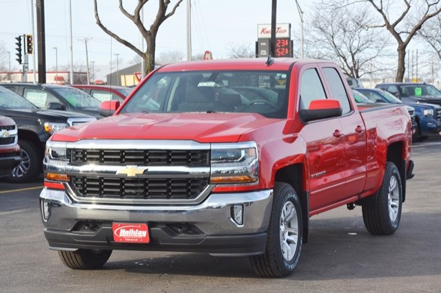 2017 Silverado 1500 Double Cab 4x4, Pickup #17C402 - photo 3
