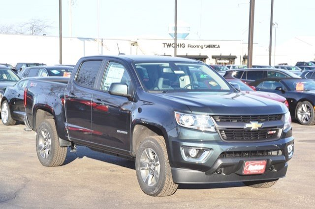 2017 Colorado Crew Cab 4x4, Pickup #17C411 - photo 5