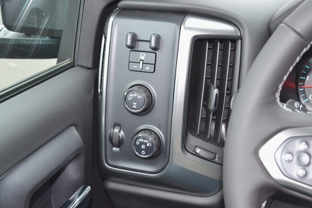 2017 Silverado 1500 Crew Cab 4x4, Pickup #17C416 - photo 19