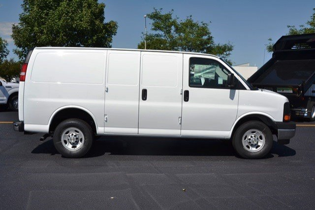 2017 Express 3500 Cargo Van #17C44 - photo 6