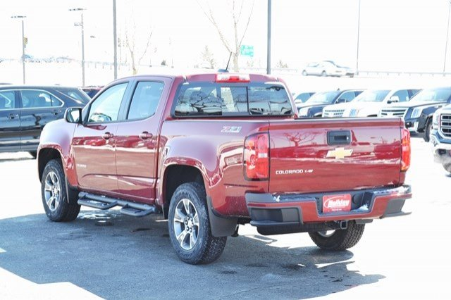 2017 Colorado Crew Cab 4x4, Pickup #17C453 - photo 2