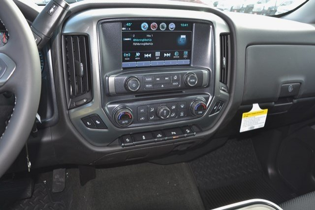 2017 Silverado 1500 Crew Cab 4x4, Pickup #17C455 - photo 22