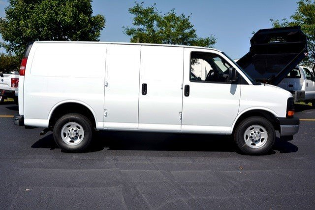 2017 Express 3500 Cargo Van #17C47 - photo 6