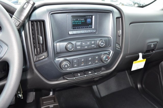 2017 Silverado 1500 Regular Cab 4x4, Pickup #17C515 - photo 18