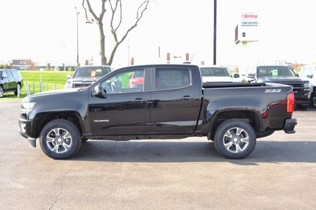 2017 Colorado Crew Cab 4x4, Pickup #17C532 - photo 4