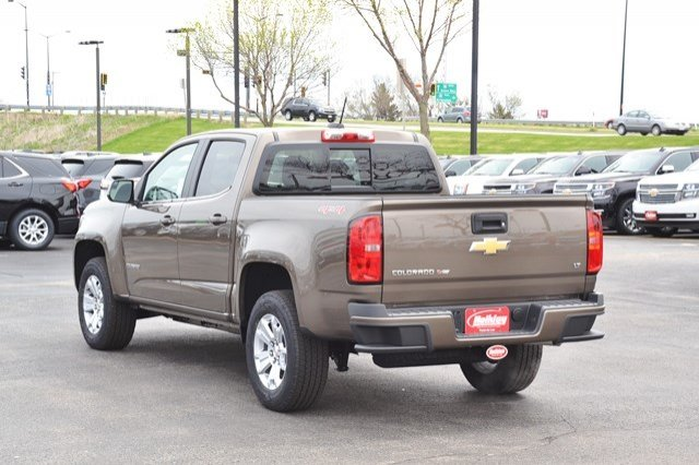 2017 Colorado Crew Cab 4x4, Pickup #17C536 - photo 2
