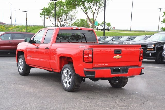 2017 Silverado 1500 Double Cab 4x4 Pickup #17C547 - photo 2