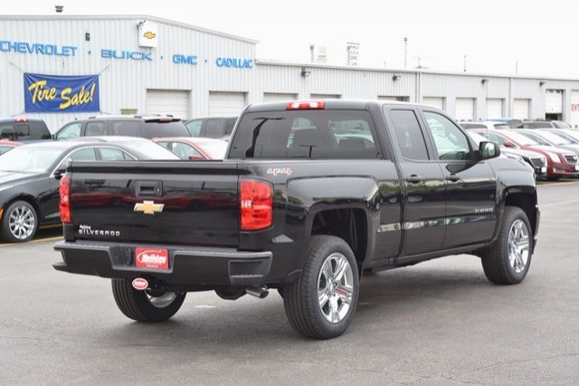 2017 Silverado 1500 Double Cab 4x4, Pickup #17C559 - photo 6