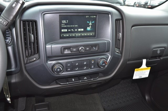 2017 Silverado 1500 Double Cab 4x4, Pickup #17C559 - photo 18