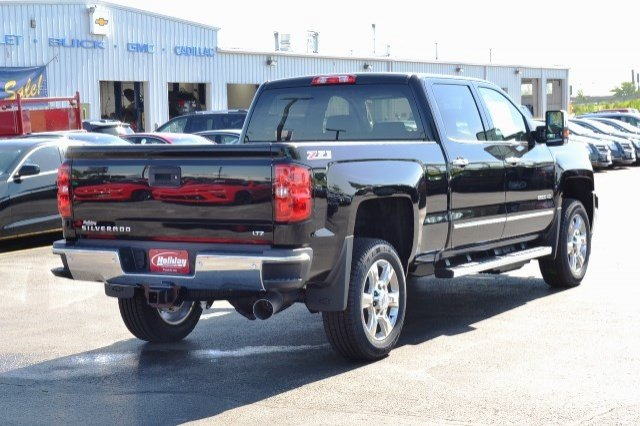 2017 Silverado 2500 Crew Cab 4x4, Pickup #17C591 - photo 6