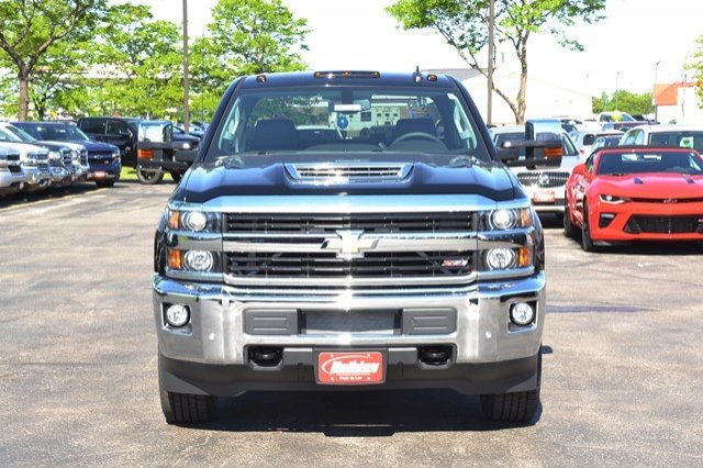 2017 Silverado 2500 Crew Cab 4x4, Pickup #17C591 - photo 9