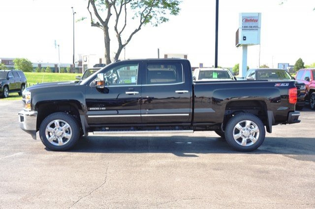 2017 Silverado 2500 Crew Cab 4x4, Pickup #17C591 - photo 4