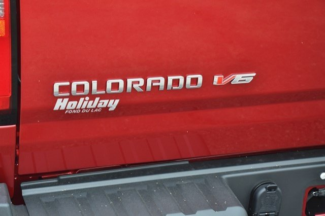 2017 Colorado Crew Cab 4x4, Pickup #17C629 - photo 32