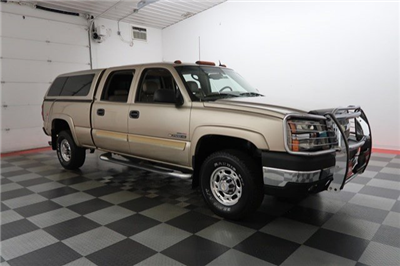 2004 Silverado 2500 Crew Cab 4x4 Pickup #17C678A - photo 4