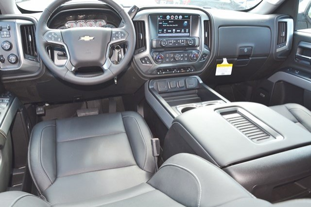 2017 Silverado 1500 Crew Cab 4x4 Pickup #17C751 - photo 18