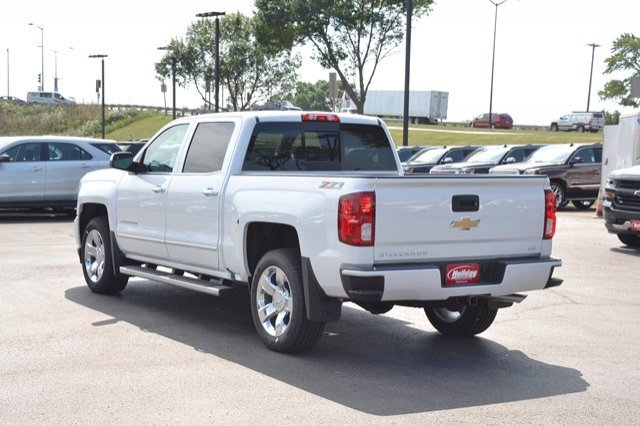 2017 Silverado 1500 Crew Cab 4x4 Pickup #17C751 - photo 2