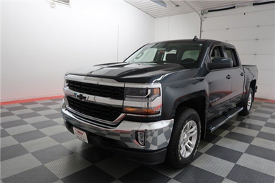 2017 Silverado 1500 Crew Cab 4x4 Pickup #17G1177A - photo 3