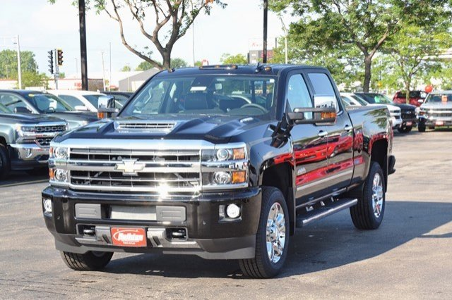 2018 Silverado 2500 Crew Cab 4x4, Pickup #18C104 - photo 3