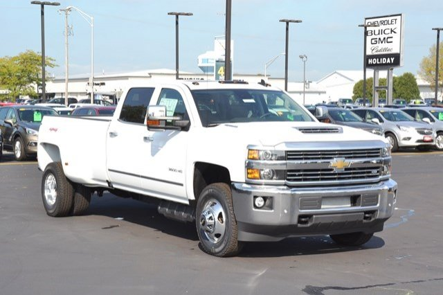 2018 Silverado 3500 Crew Cab 4x4, Pickup #18C114 - photo 8