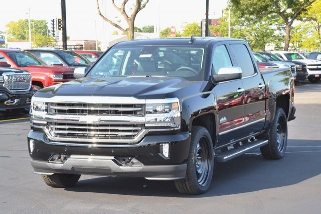 2018 Silverado 1500 Crew Cab 4x4 Pickup #18C127 - photo 3