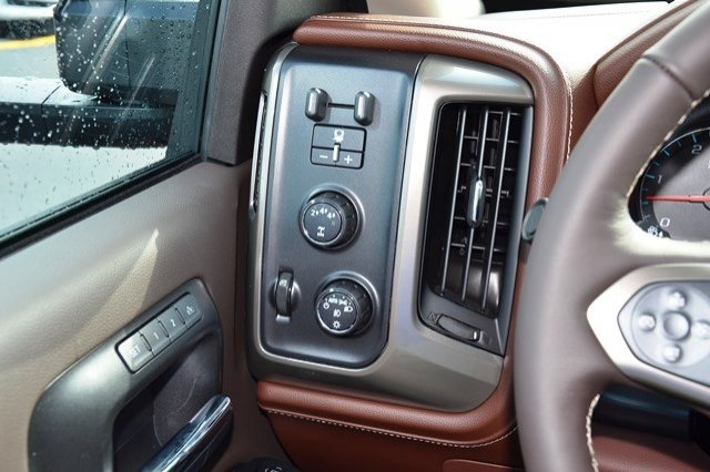 2018 Silverado 2500 Crew Cab 4x4, Pickup #18C138 - photo 22