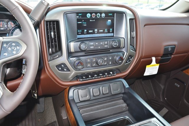 2018 Silverado 2500 Crew Cab 4x4, Pickup #18C138 - photo 24