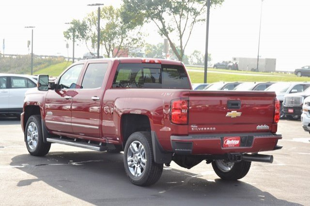 2018 Silverado 2500 Crew Cab 4x4, Pickup #18C138 - photo 2