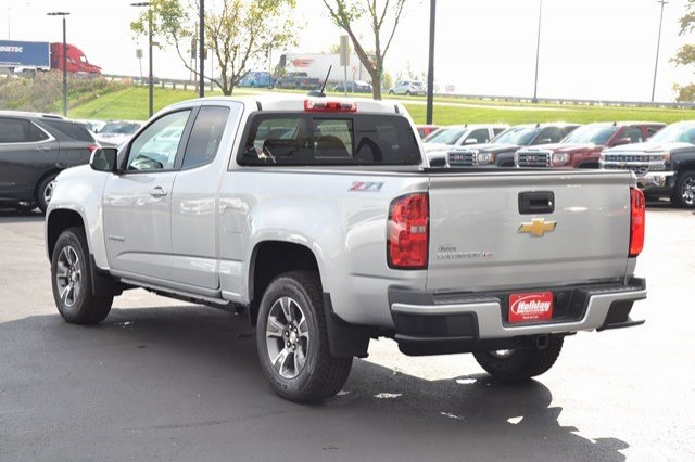 2018 Colorado Extended Cab 4x4, Pickup #18C180 - photo 2